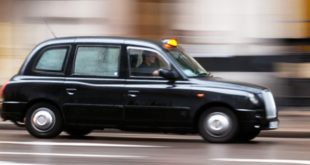 taxi-Londres-Uber-830x395